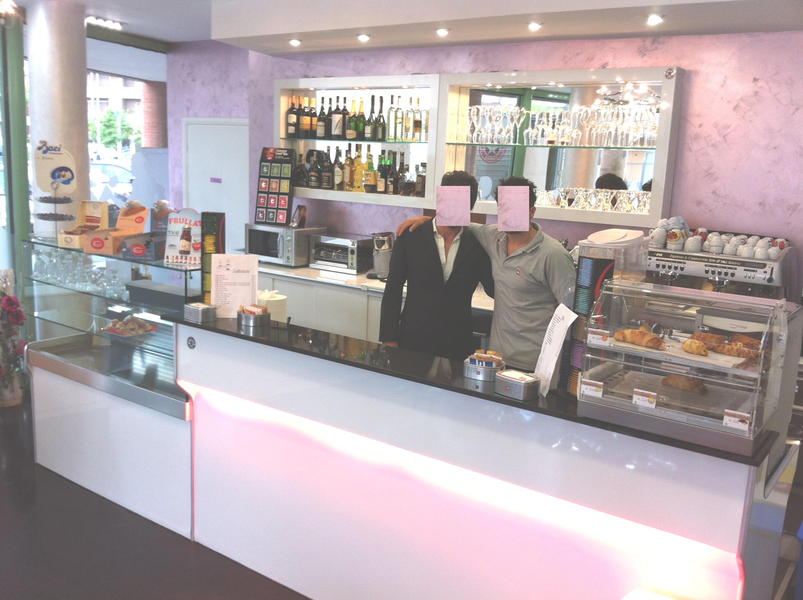 Banchi bar i piu 39 grandi produttori di banchi bar for Banchi bar e arredamenti completi